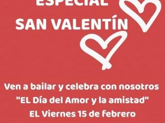 Cartel anunciador de la fiesta de San Valentín en el Casino. FOTO: EL CORTO