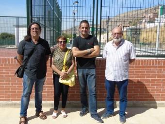 Miembros de la plataforma 'Poniente por el tren' y 'Granada por el tren'. FOTO: C. MOLINA