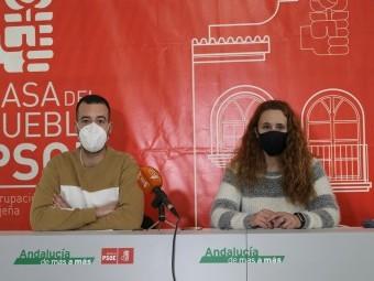 Los socialistas Cáceres y Piqueras, en rueda de prensa. FOTO: CALMA
