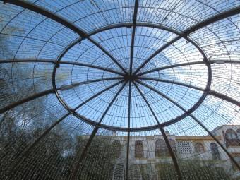 Una de las estructuras lumínicas que se encenderán hoy. FOTO: C. MOLINA