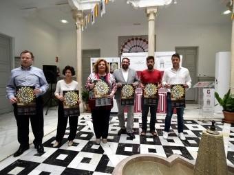 Presentación del certamen, con la diputada y el delegado y representantes de los conservatorios part