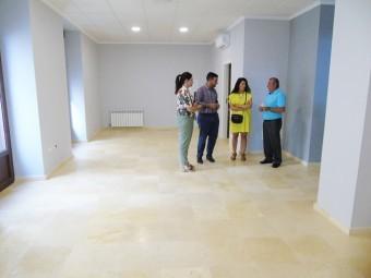 Autoridades y técnicos durante la visita realizada al edificio. Foto: Juan Mª Jiménez