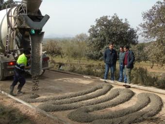El Ayuntamiento mejora el camino entre Fuente Camacho y Trabuco. FOTO: C. MOLINA