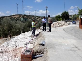 Avance de las obras que se llevan a cabo a la entrada a Cuesta Blanca. FOTO: P. CASTILLO.