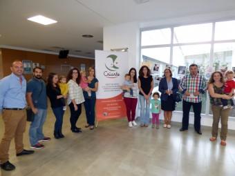 Representantes del Hospital, Criarte y el Ayuntamiento durante la inauguración de la exposición.
