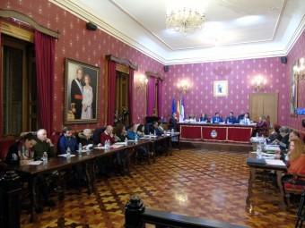 Miembros de la Corporación Municipal durante la sesión plenaria de diciembre. FOTO: C.M.
