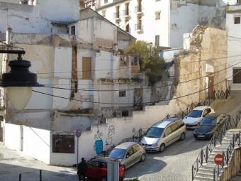 Proponen un plan de limpieza de solares y fachadas deterioradas. FOTO: CALMA