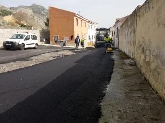 Asfaltado de la calle Las Cruces. FOTO: JORGE ÁGUILA