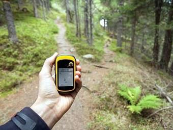 Con un móvil y una aplicación se puede practicar geocaching. FOTO: ELCORTO