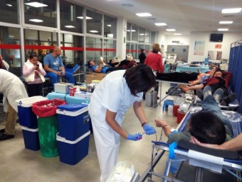 Imagen de una campaña de extracción navideña anterior, en el Hospital de Loja.