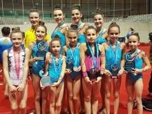 Algunas de las gimnastas de Medina Lauxa premiadas en el Andaluz celebrado en Jerez.