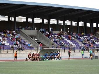 Aspecto de la grada del estadio Medina Lauxa en el encuentro del pasado domingo ante el Motril