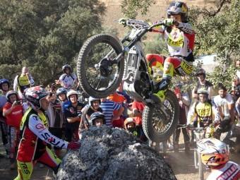 Un espectacular momento del entrenamiento que Adam Raga realizó en Loja. FOTO: P. CASTILLO