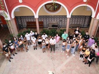 Grupo de jóvenes que participaron en los cursos formativos de Juventud. FOTO: C. M.