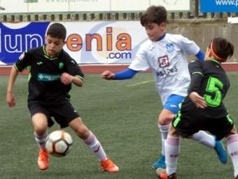 Uno de los partidos disputados durante el torneo de fútbol-7. FOTO: PACO CASTILLO