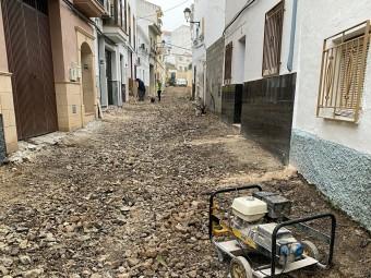 Una de las calles en las se actúa dentro del marco del PFEA. FOTO: EL CORTO