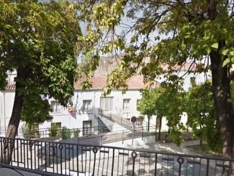Edificio de Servicios Sociales Comunitarios, situado en Pérez del Álamo. FOTO: GOOGLE