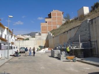 En la Avenida del Terciado se construye el segundo tramo de escalera. FOTO: CALMA