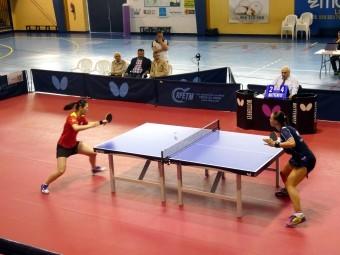 Un momento del encuentro entre María Xiao y Dana Cechova. FOTO: PACO CASTILLO