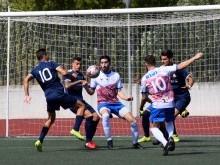 Una acción del partido de la primera vuelta entre el Loja y el Melistar de Melilla.