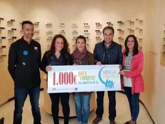 María Carmen Lozano (en el centro), ganadora del concurso. FOTO: J. AGUILA