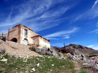 La ermita del Calvario, localizada en el Monte Hacho. FOTO: A. MATAS