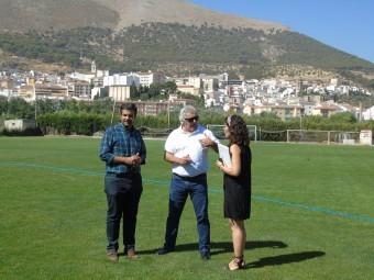 Camacho, Ayllón y Gallego en el campo de fútbol de los Veteranos. C. MOLINA.