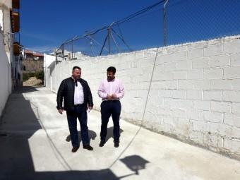 El alcalde y el concejal de Obras y Servicios durante la visita a las obras