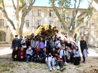 Los alumnos del Moraima junto a los compañeros de resto de países. FOTO: IES MORAIMA