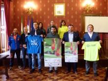 Los representantes políticos y de los clubes durante la presentación. M. C. CALMAESTRA