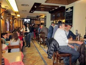 Los bares y restaurantes registraron un número alto de consumidores. FOTO: EL CORTO