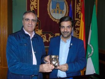 El presidente de la fundación y el concejal de Cultura anuncian los premiados