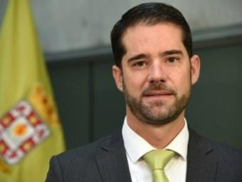 El diputado provincial Joaquín Ordóñez responde al PSOE lojeño. FOTO: DIPUTACIÓN