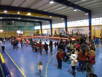 Centenares de lojeños de todas las edades participaron en la actividad. FOTO: A. MATAS