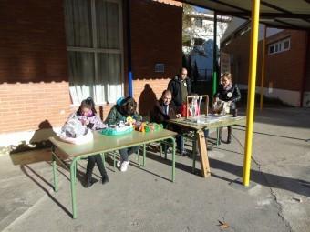 Alumnos y usuarios compartiendo actividades. FOTOS: E. CAÑIZARES