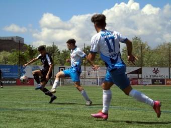 Una acción del partido de ida, disputado en el Medina Lauxa con victoria lojeña.