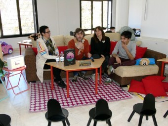 Soler y miembros de Chavea, durante la presentación de la actividad. FOTO: CALMA