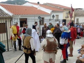 Momento en el que Boabdil entrega las llaves de la ciudad al Rey Fernando. FOTO: CALMA