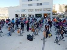 Los 80 participantes durante la actividad