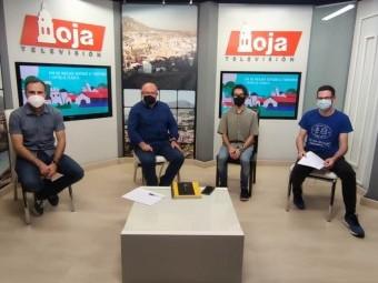 Integrantes del debate sobre el corredor mediterráneo en TV Loja. FOTO: C. M.