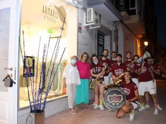 El comercio de Loja salió a la calle en la 'Noche de comprar'. FOTO: C. M.