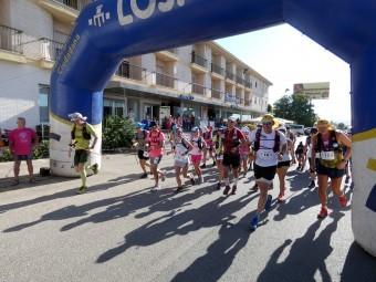 Los corredores toman la salida desde Loja en una edición anterior de la prueba.