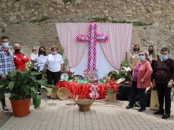 Cruz de la asociación de mujeres de los 25 caños. FOTO: PAULA